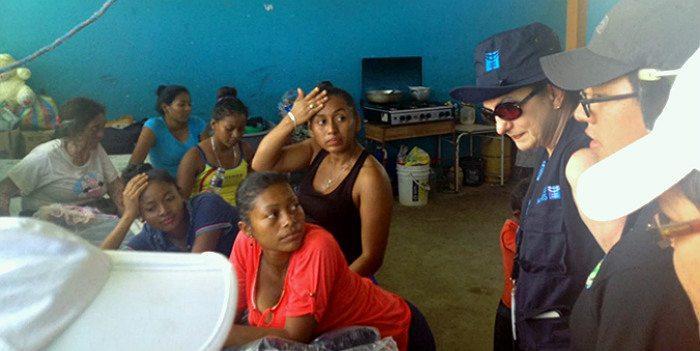 Apua naisille ja tytöille Ecuadorin maanjäristyksen jälkeen