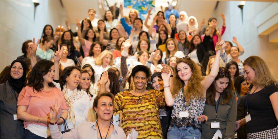 Syyrian naiset yhdistävät voimansa rauhan puolesta