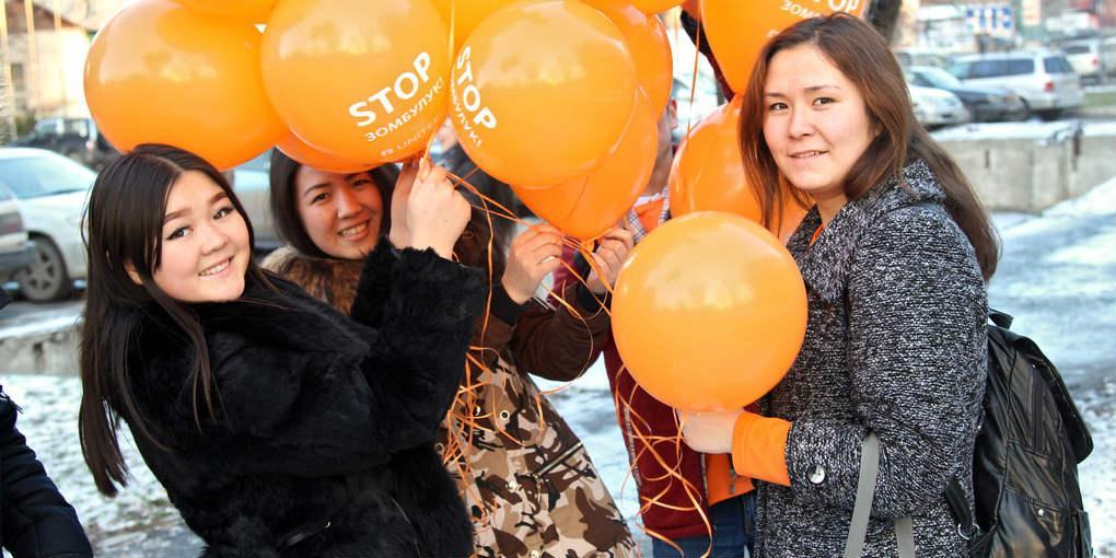 Kirgisian uusi laki suojelee väkivallasta selviytyneitä naisia