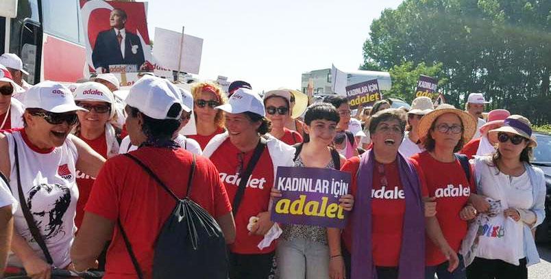 Turkissa pidätetyt naisten oikeuksien puolustajat vapautettava