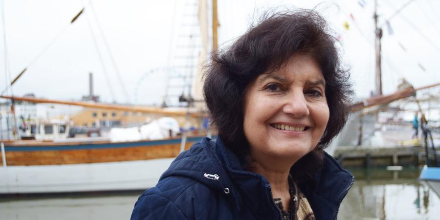 Intialainen tutkija ja ihmisoikeuspuolustaja Rita Manchanda vieraili lokakuussa Helsingissä. Hän haastaa käsityksiä rauhasta ja peräänkuuluttaa naisten roolia rauhanrakennuksessa.
